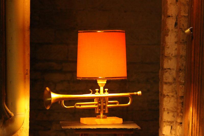 Jazztrompete Lampe Schirm Design Vintage Trompetenlampe #05A