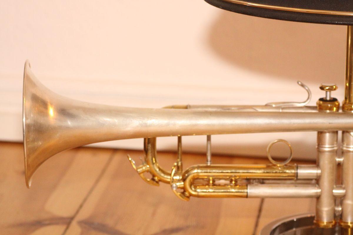 Trompetenlampe Design Tischlampe Vintage Horn