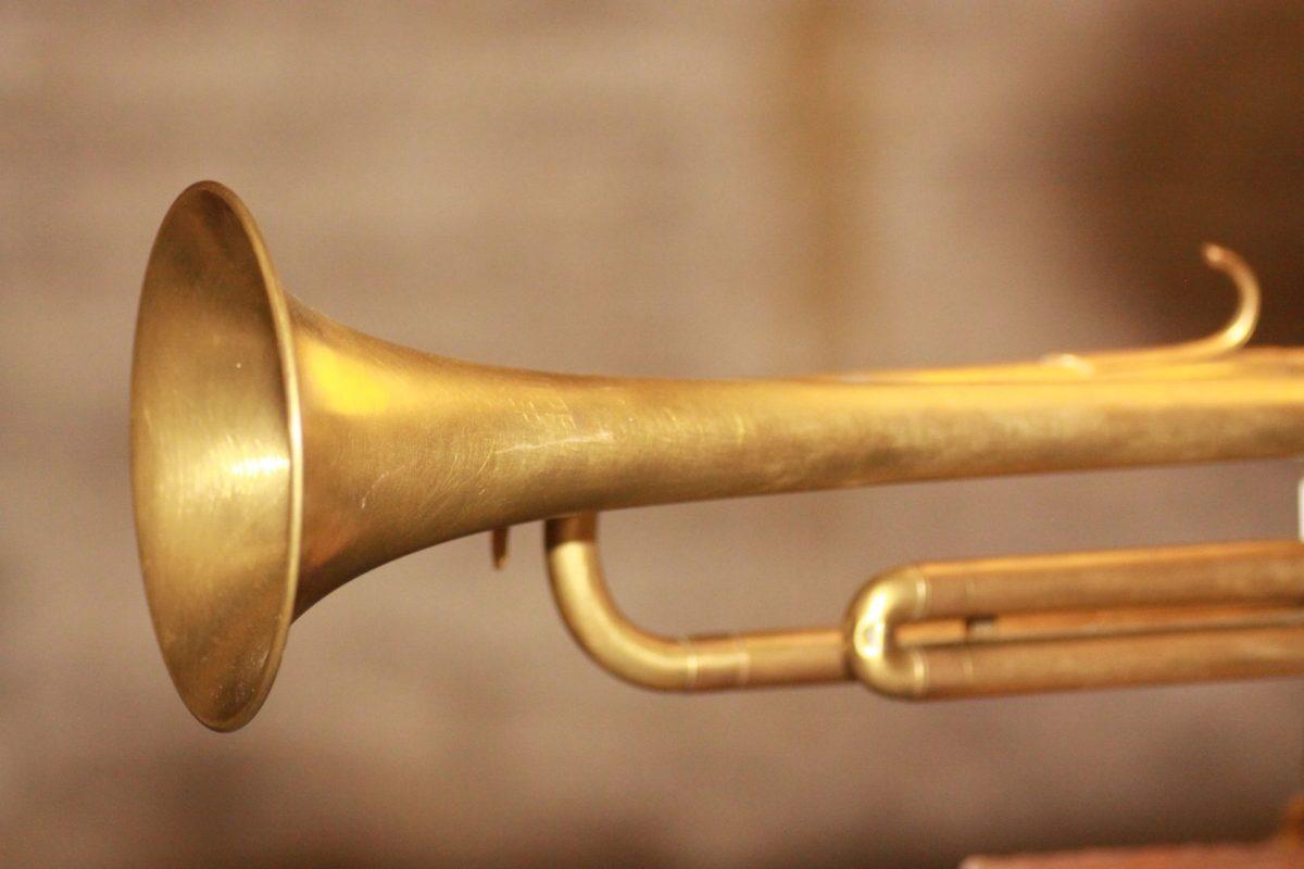 Handgefertigte Trompetenlampe Vintage Retro Einzelstück Trompete