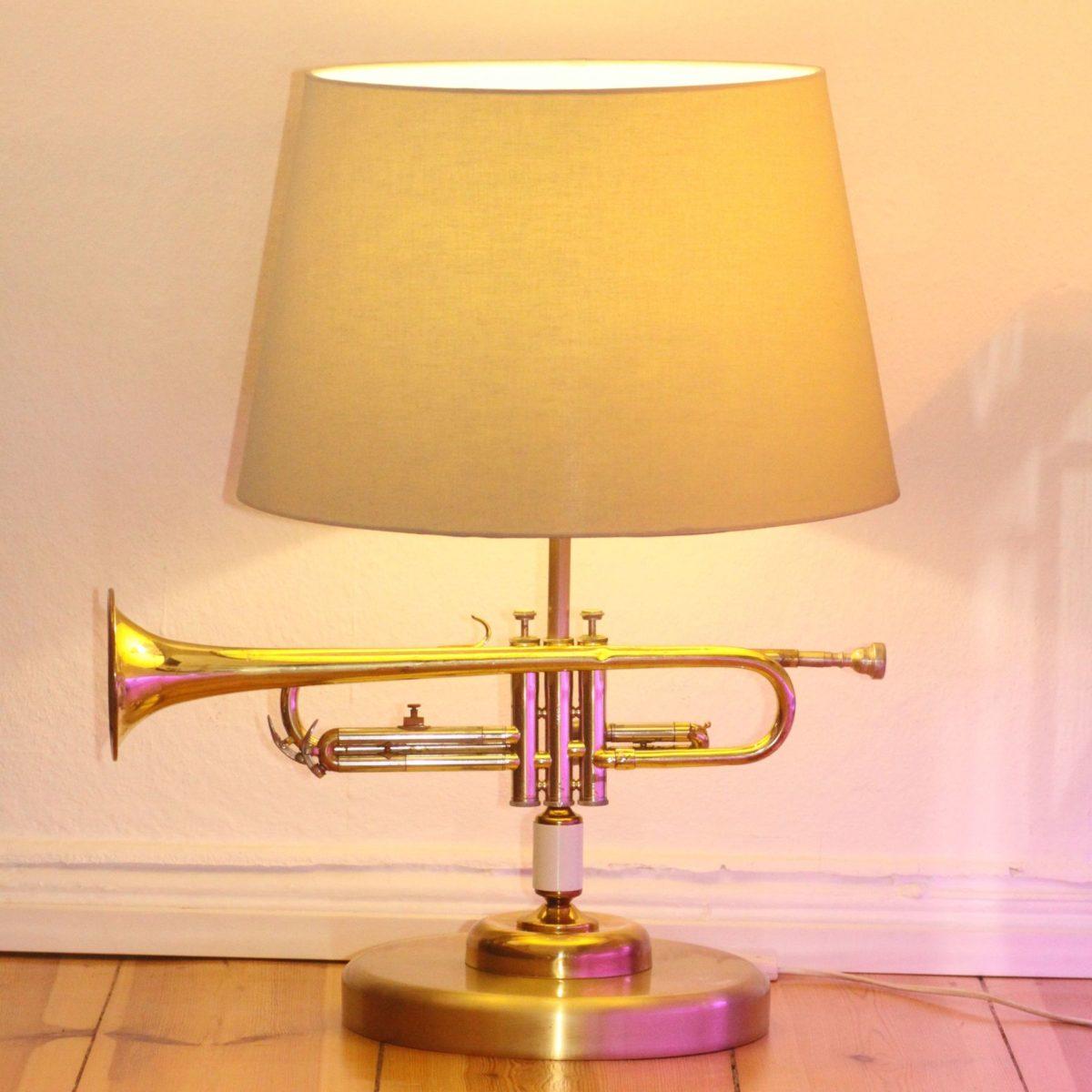 Trompetenlampe Stehlampe Vintage Retro Einzelstück