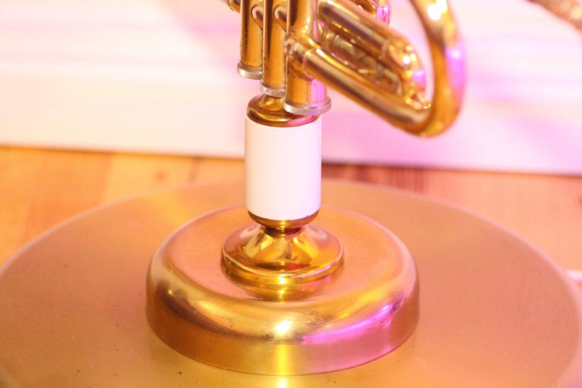 Trompetenlampe Stehlampe Vintage Retro Einzelstück Fuss