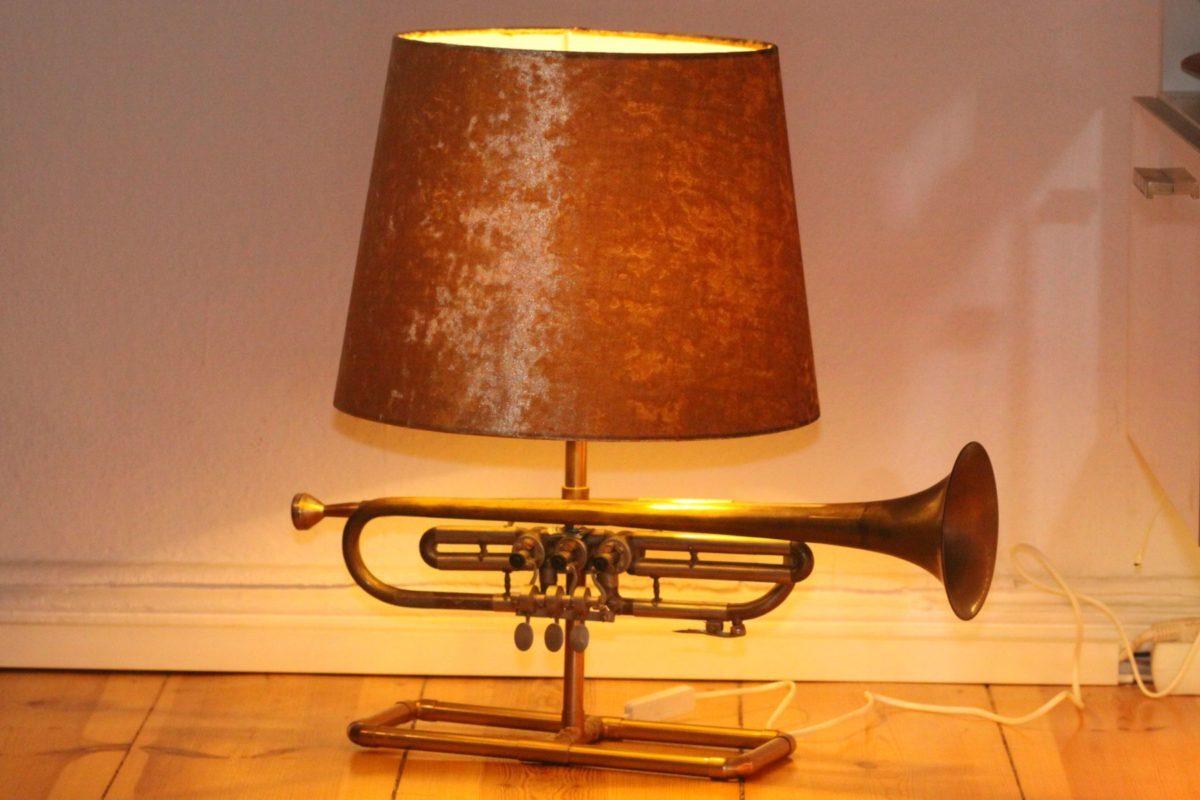 Trompetenlampe Samt Gold 23F