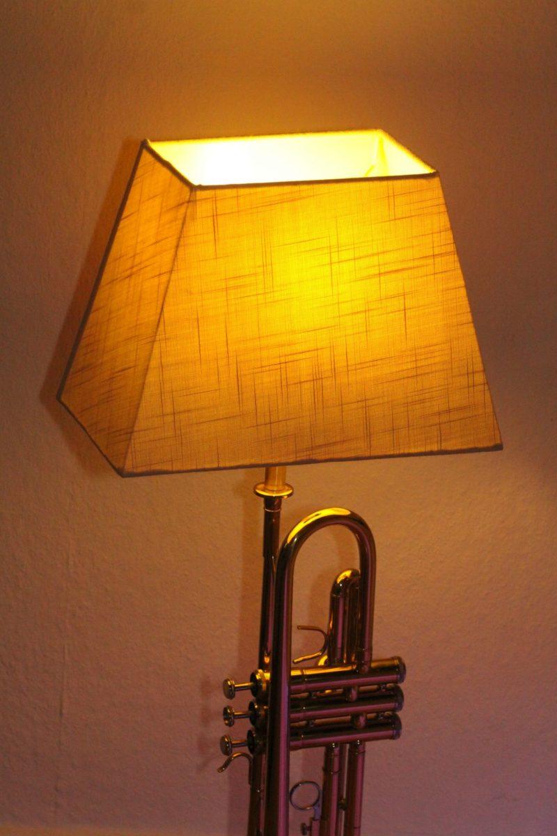 Trompetenlampe Unikat Handarbeit Berlin