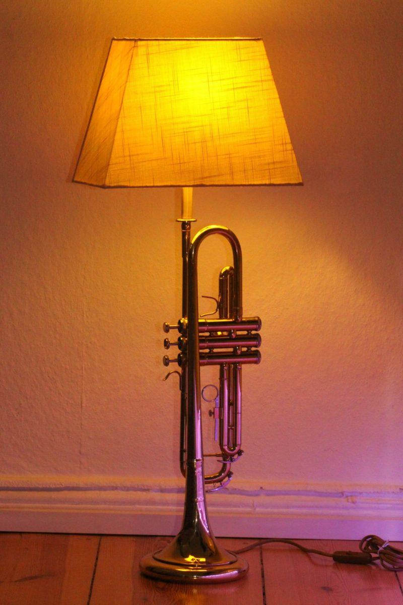 Trompetenlampe Unikat Handarbeit Berlinc