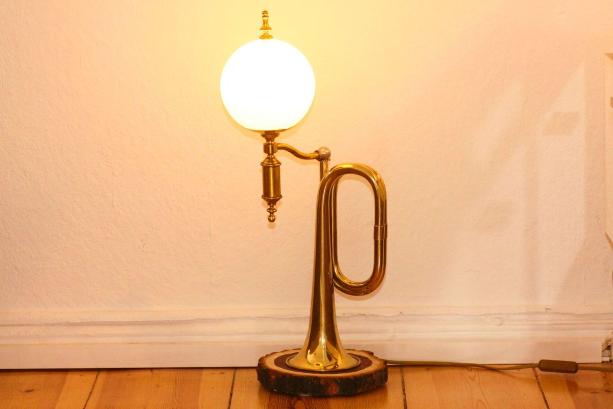 Trumpet lamp horn lamp glass shade tree disc