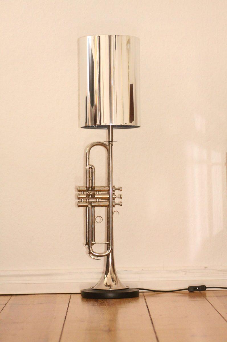 Trumpet lamp floor lamp silver Edison lightbulb